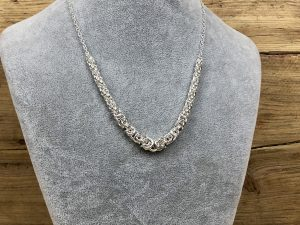 Graduated byzantine necklace kit